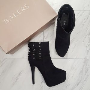 Bakers Misfit Rhinestone Heel Boots Size 6M